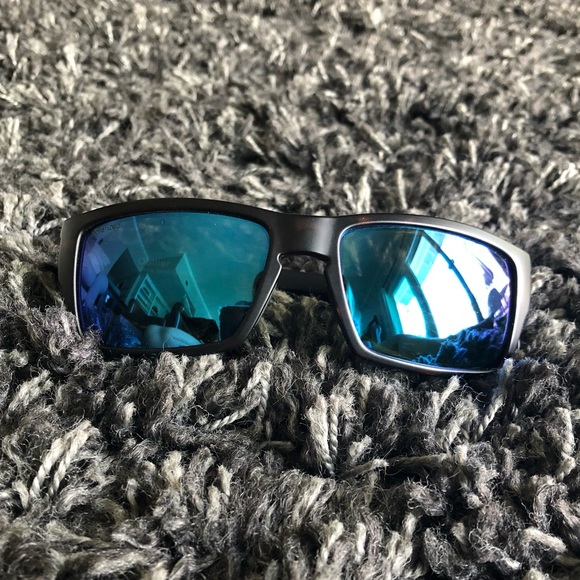 8957dab790 SMITH outlier polarized matte tortoise sunglasses.  M 5b8db24d2e1478b3fcdeaf2b